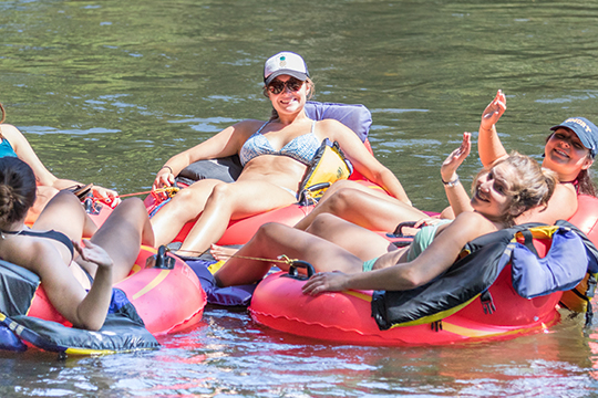 Rolling-Thunder-River-Company-3-Mile-Toccoa-River-Tubing
